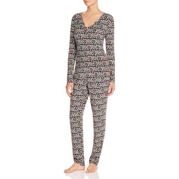 Josie Fountain Art Long Sleeve Pajama Set (9675 RSD) ❤ liked on Polyvore featuring intimates, sleepwear, pajamas, black, long sleeve pajamas, long sleeve pyjamas, josie sleepwear, josie pajamas and long sleeve sleepwear