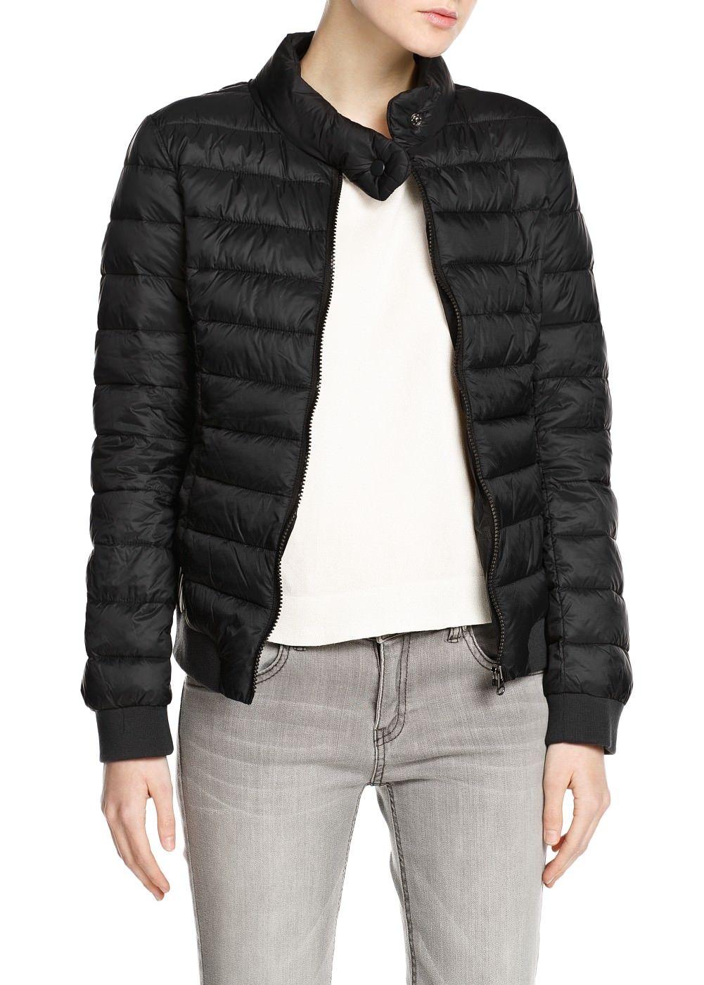 Ultra light foldable coat