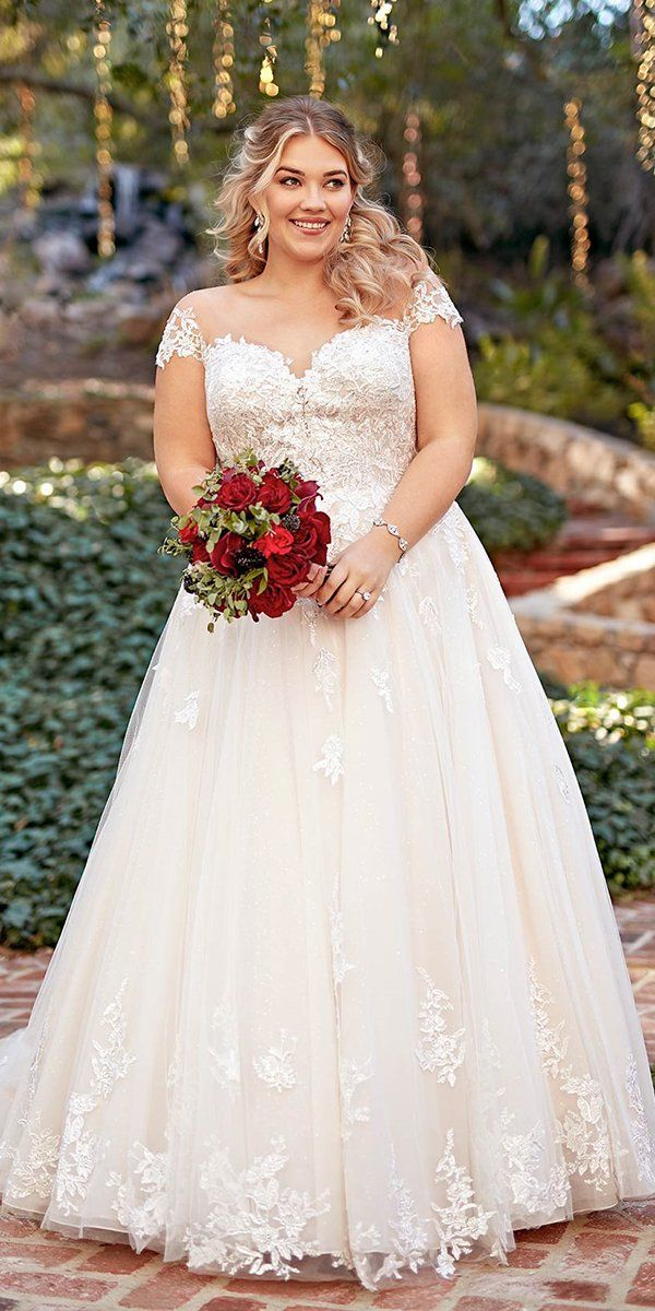 Photo of 36 Plus-Size Wedding Dresses: A Wow Guide | Wedding Forward
