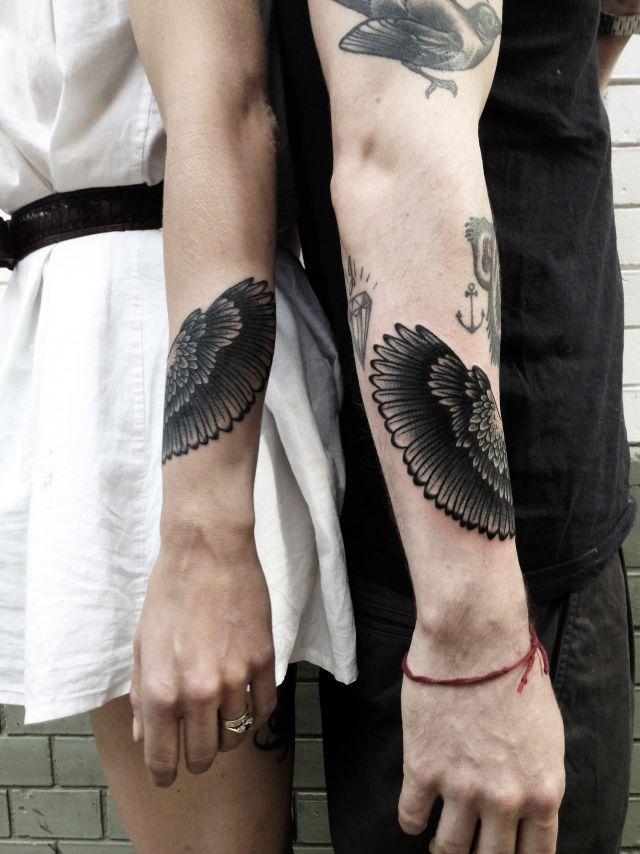 arm tattoo designs motive frau mann unterarm flügel