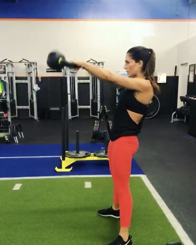 611k Followers 413 Following 2 070 Posts See Instagram Photos And Videos From Alexia Clark Alexia Clark Exercise Workout Routine Workout