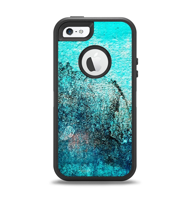 The Grungy Teal Surface V3 Apple iPhone 5-5s Otterbox Defender Case Skin Set