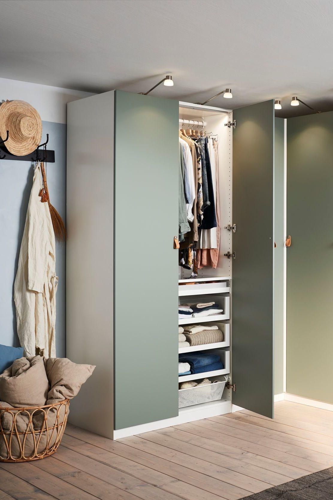 Rangement Gain De Place Des Meubles D Angle Qui Optimisent L Espace Ikea Armoire Chambre Penderie D Angle Meuble