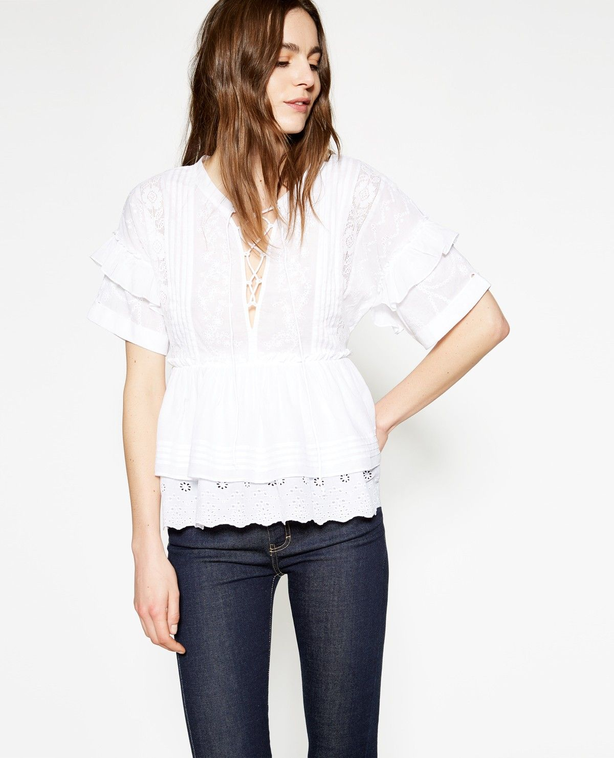 3648eae2e27 ... tops femme - Vêtements outlet The Kooples Femme. White cotton broderie  anglaise top - TOP WOMAN