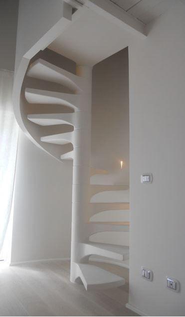 Le scale a chiocciola di Pira, realizzate su misura, sono la ...