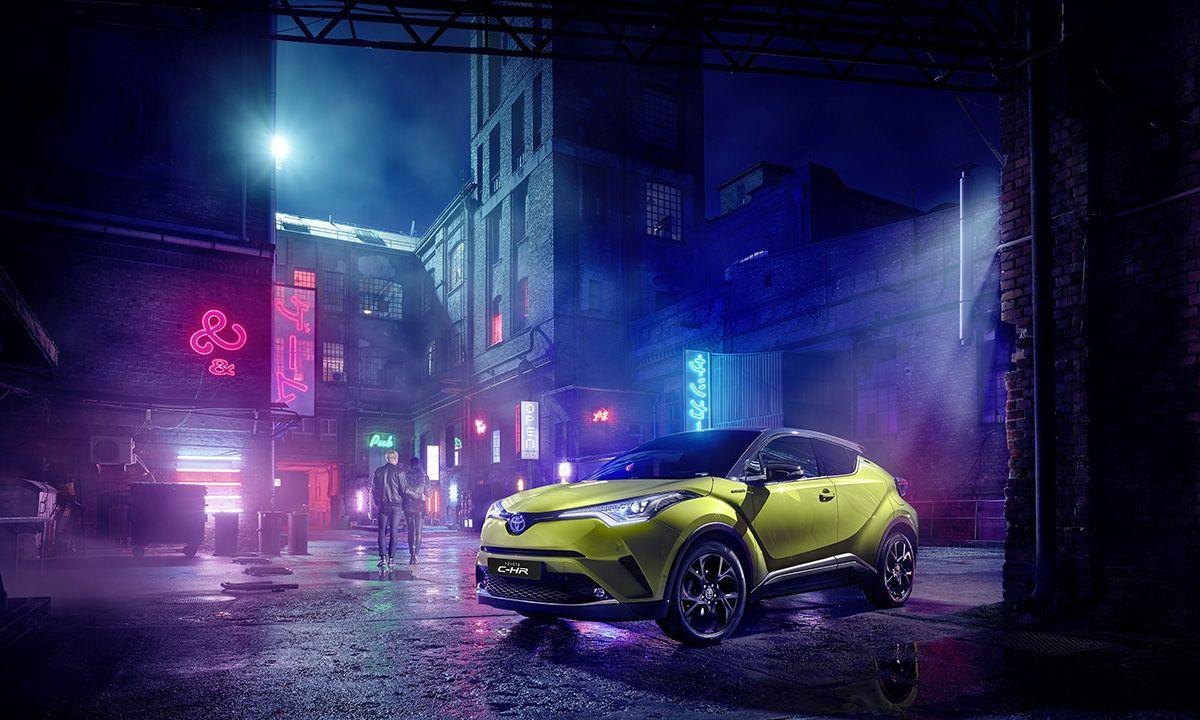 C Hr Neon Lime Powered By Jbl Toyota Und Jbl Blicken Bereits Auf Eine Seit Zwei Jahrzehnten Andauernde Erfolgreiche Partnersc Toyota Franzosische Alpen Autos