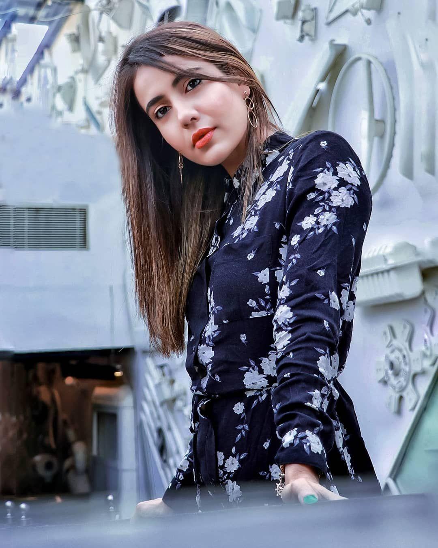 Lips of honey,eyes on fire. Inframe @rashmiraifitness  Location @runtodetroit  #fitmom #momindia #fitnessblogger . . . . . . . . . . . . #bestportraitsindia #ThePortraitsIndia #delhiportraits #bloggersnation #delhi_portraits #portraitszoom #delhifashionblogger #delhibloggers #delhi #delhigirls #gaintrain #gaintrick #delhiscenes #delhi6 #delhi_gram #delhi_diaries #delhite #delhifashion #delhiblogger #delhimodel #gurgaonblogger #fashionphotographer