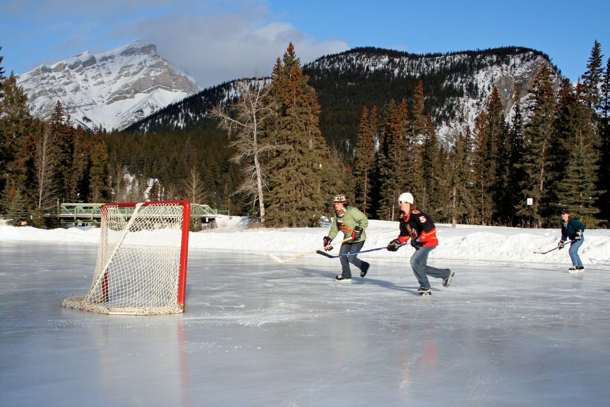 Hockey Background Wallpaper Free Outdoor Rink Hockey Frozen Pond