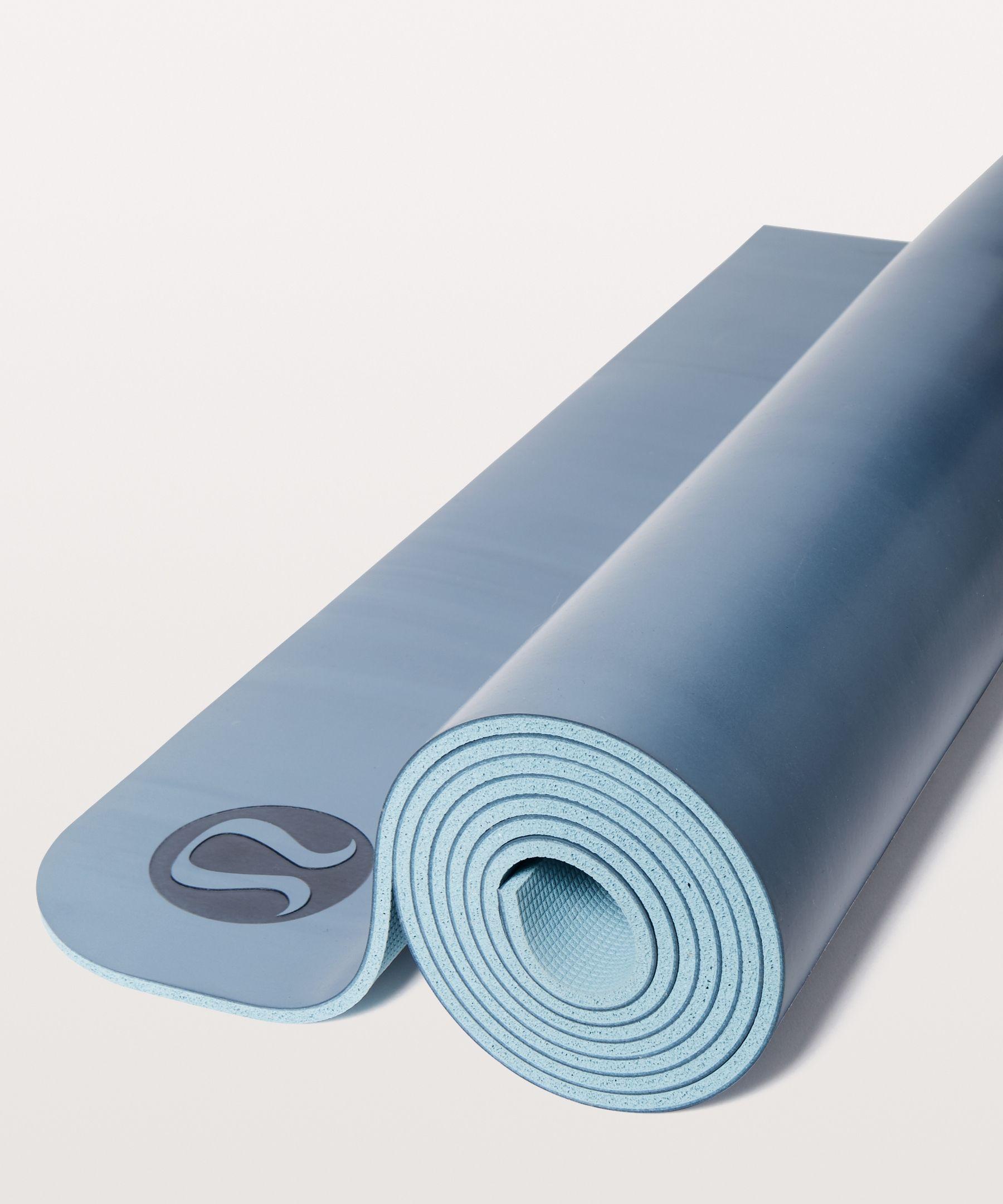 Lululemon The Reversible Mat 5mm Slate Blue White Cloud Blue Size One Size Lululemon Yoga Mat Yoga Women Yoga Mat