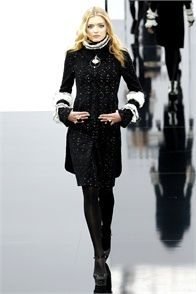 Chanel - Fall Winter 2009/2010 Ready-To-Wear - Shows - Vogue.it