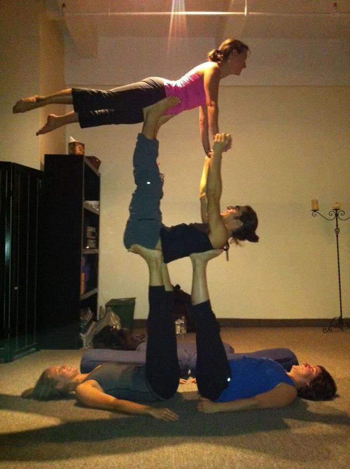 4 Person Yoga Poses : person, poses, AcroYoga, Couples, Poses,, Partner, Group, Poses