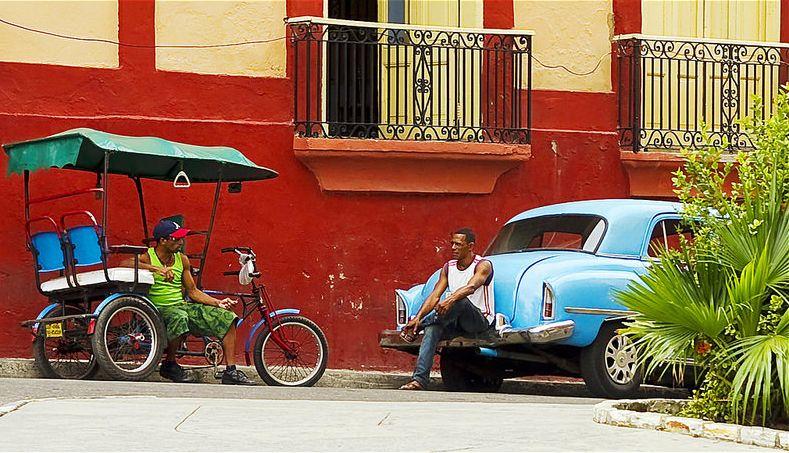 Disfruta del colorido de Cuba en vuestro viaje de novios.