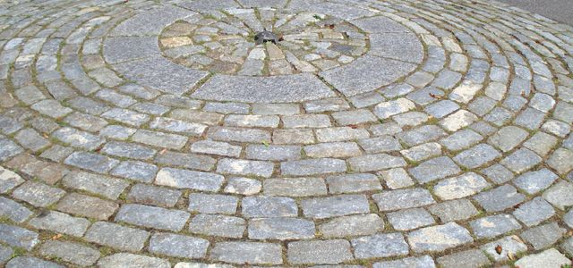 Big Dig Cobbles Harvested From Around Boston Relaid In A Circular Pattern Stone Farms Reclaimed Stone Reclaimed Cobblestone