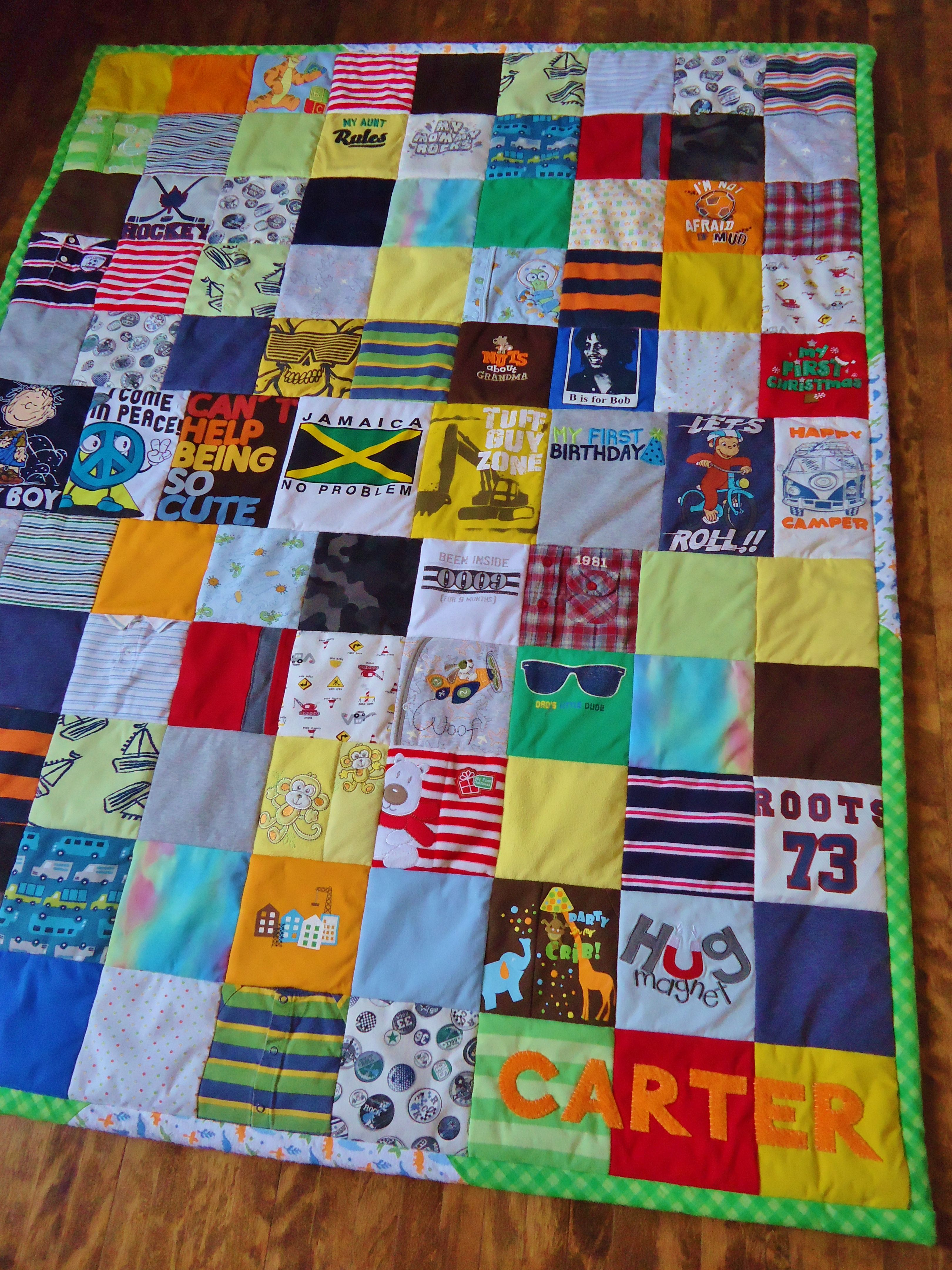 Baby clothes quilt so cool but i would never know how to