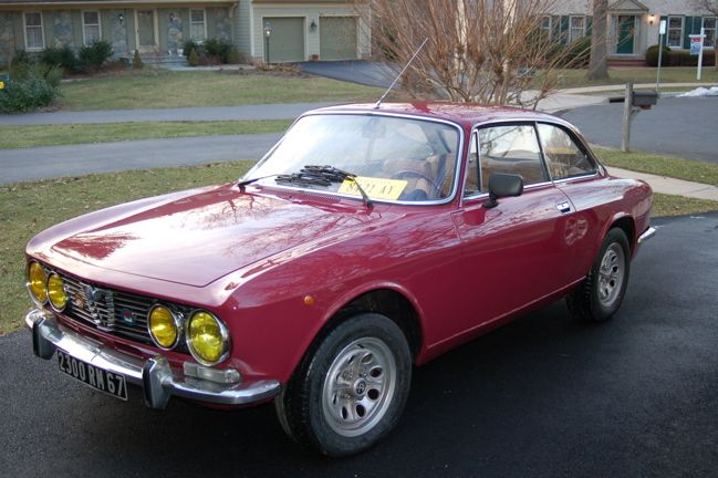 Alfa Romeo GT 1.6 (115.34), manufactured on the 20th February 1976 and sold on the 1st March 1976 to Société Française Alfa Romeo from Amberieu, France. The body colour is Prugna (Plum - AR 525). Only about 50 more GTs were produced after this one.