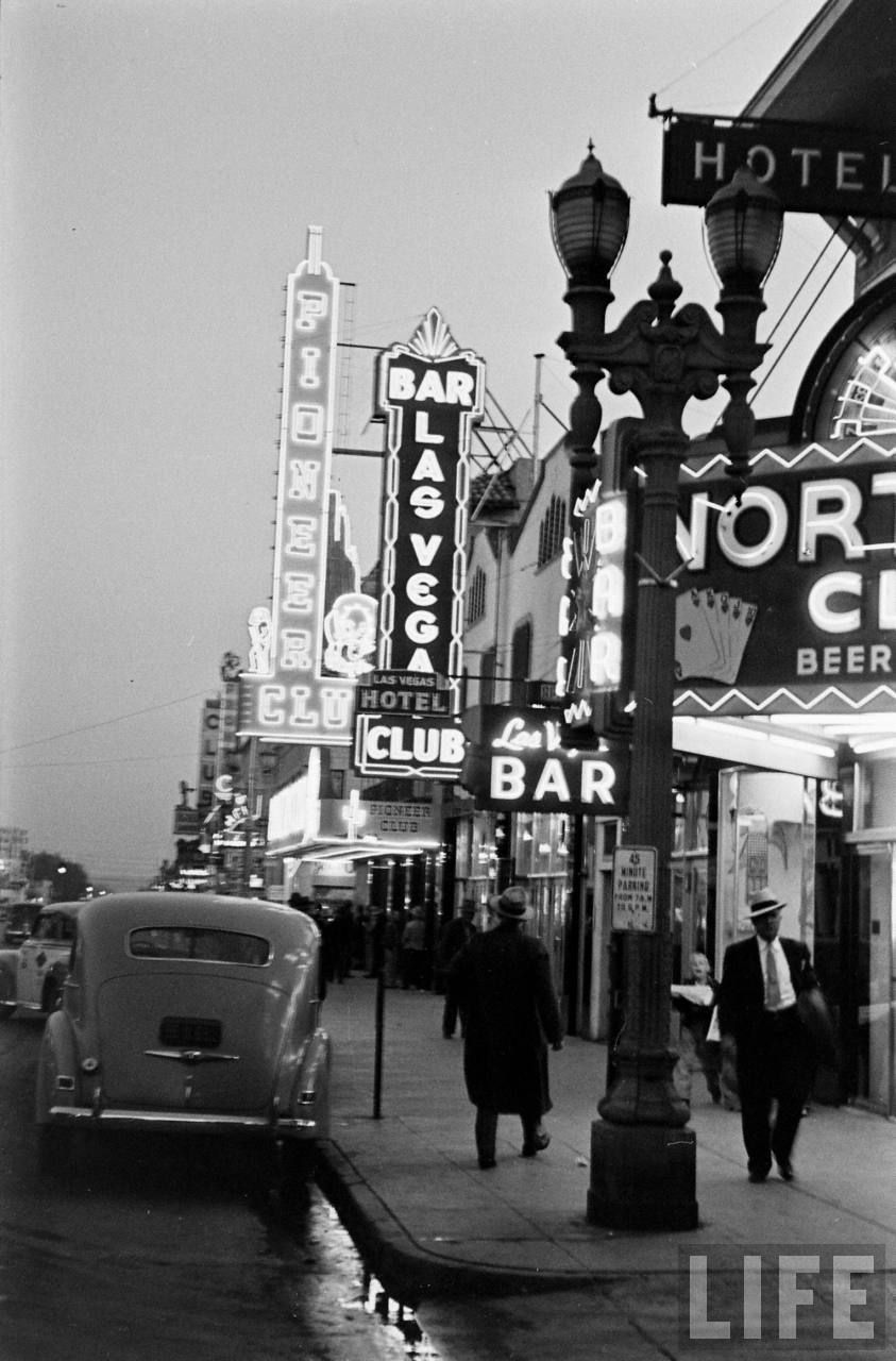 Las Vegas Peter Stackpole 1942 Http Crossingilandmono Tumblr