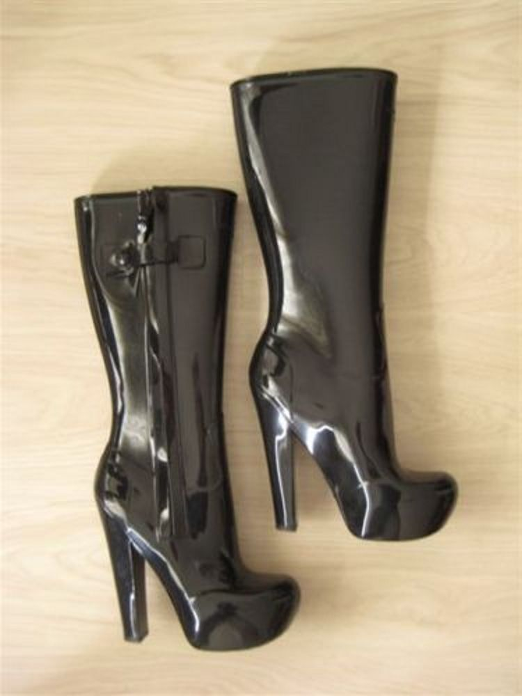 d25c011dd3813 Pin by Chakretaniy on LOUIS VUITTON FETISH HIGH RUBBER BOOTS FALL ...