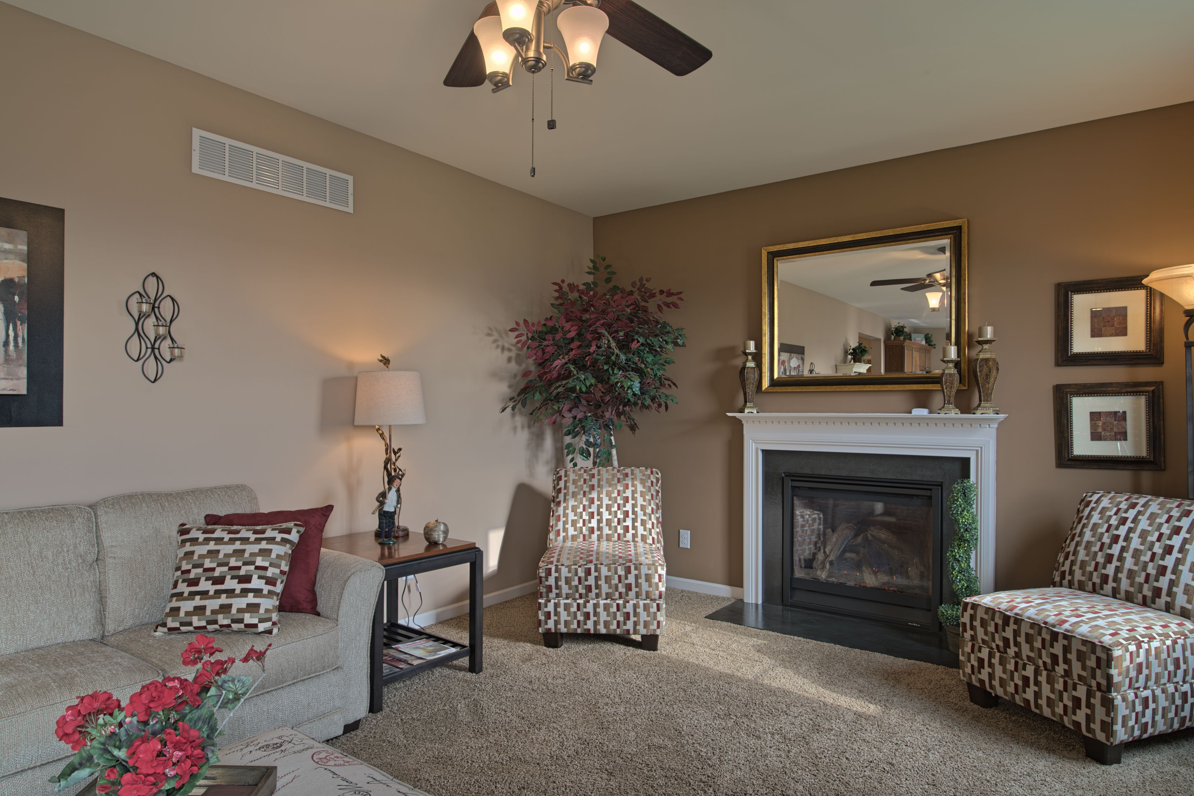 Our Longwood Model Home For More About Rouse Chamberlin Homes And To View Our Floor Plans And Communities Please Log On To Our W Model Homes Home Home Decor