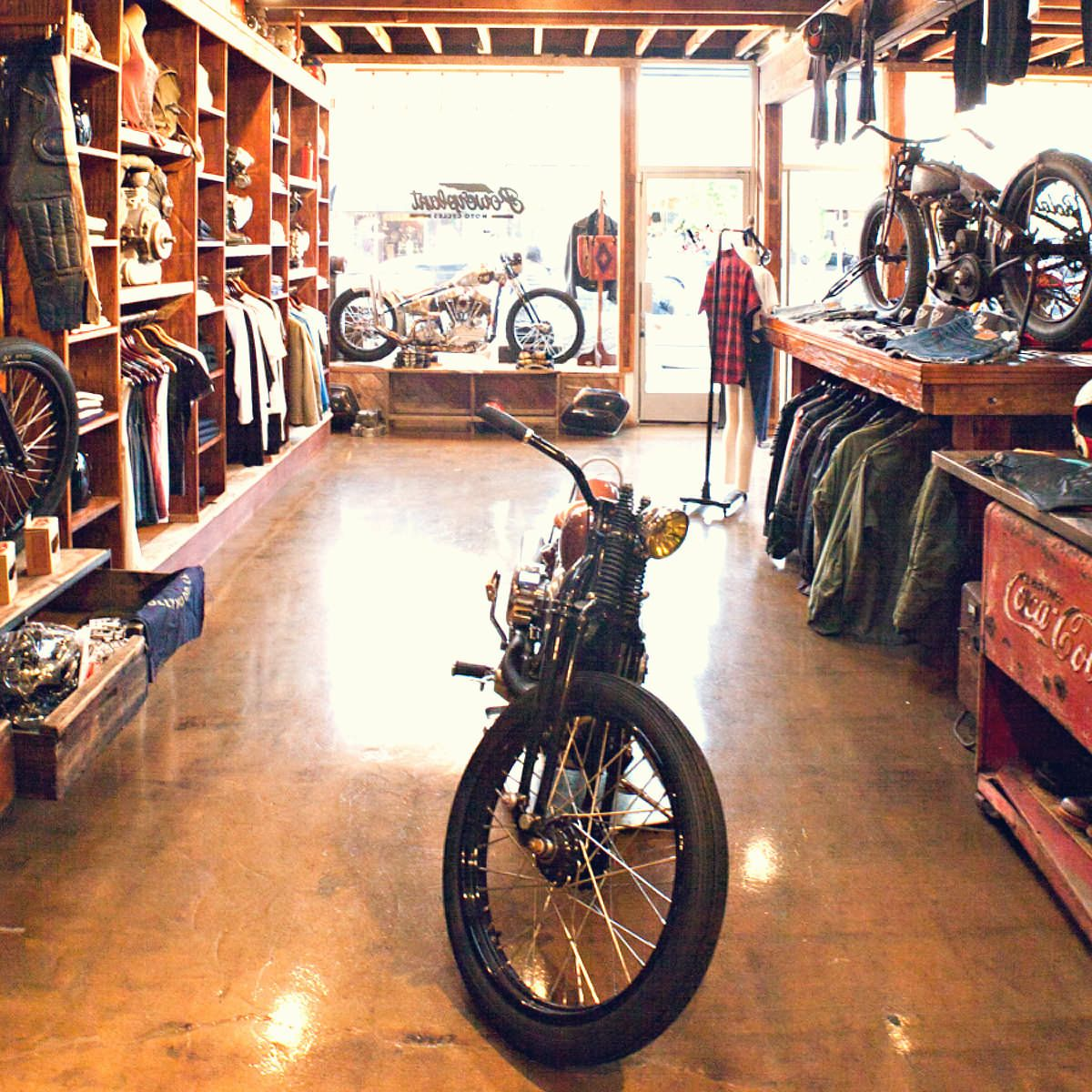 shop visit for the love of motorcycles motorcycle shop custom motorcycles and los angeles. Black Bedroom Furniture Sets. Home Design Ideas