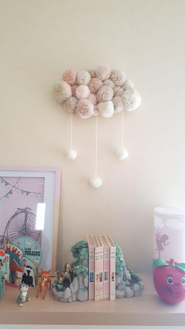 DIY: un nuage de pompons  Diy, Diy nuage et Diy déco facile