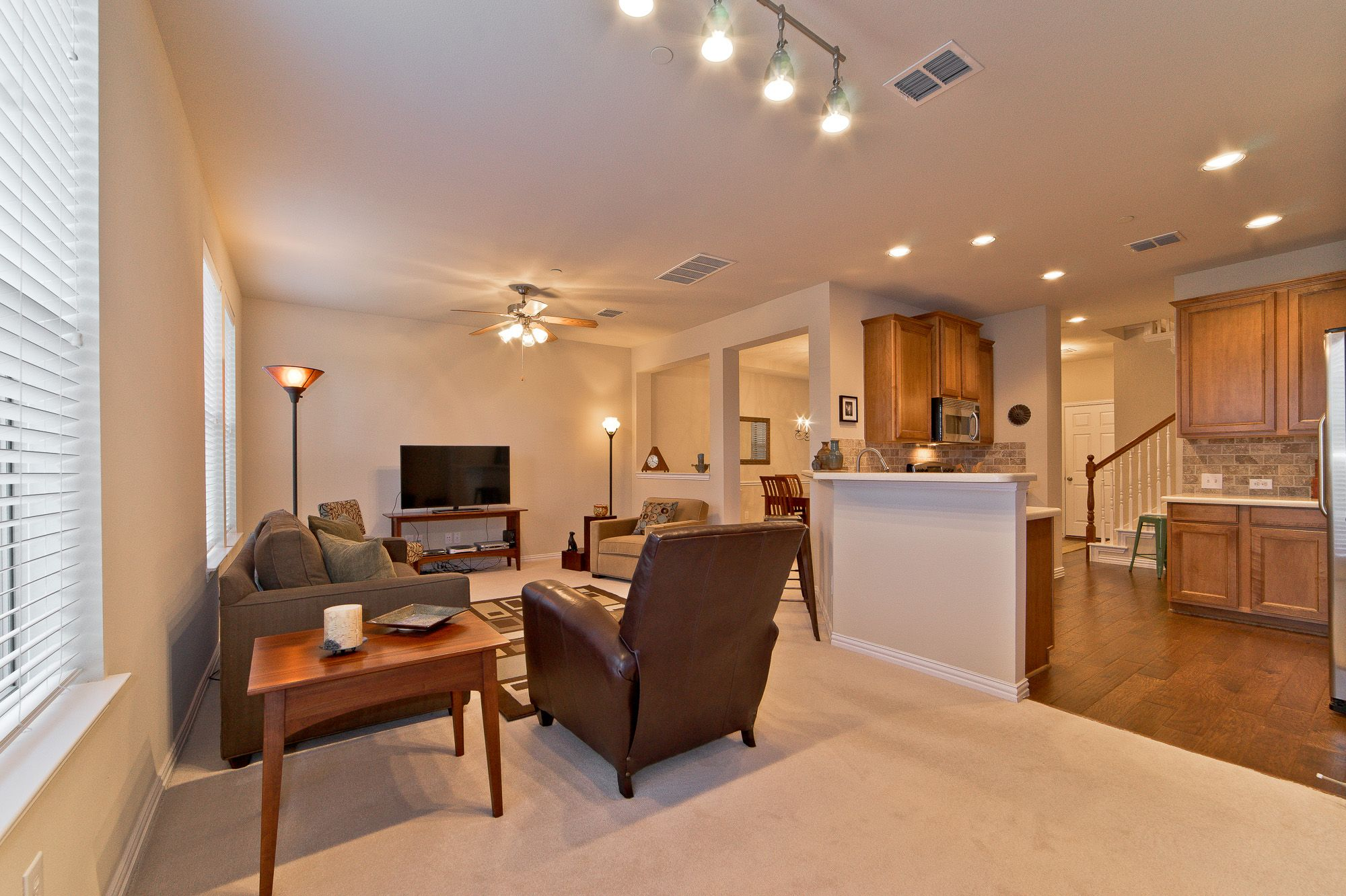 Three Bedroom Townhome In Plano ISD Townhouse, Bedroom