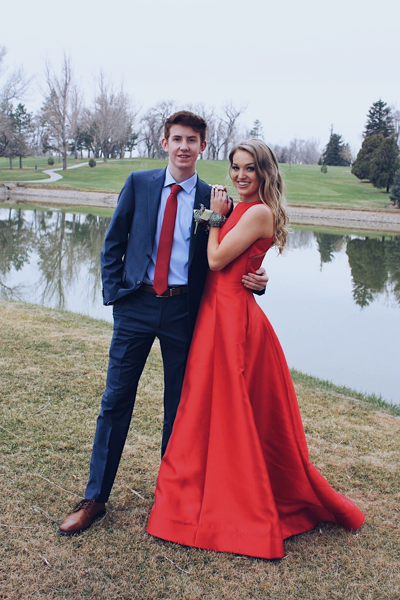 Prom Poses Prom Pictures Date Red Dress Navy Suit Succulent Prom Poses Prom Photoshoot Prom Picture Poses [ 2048 x 1365 Pixel ]
