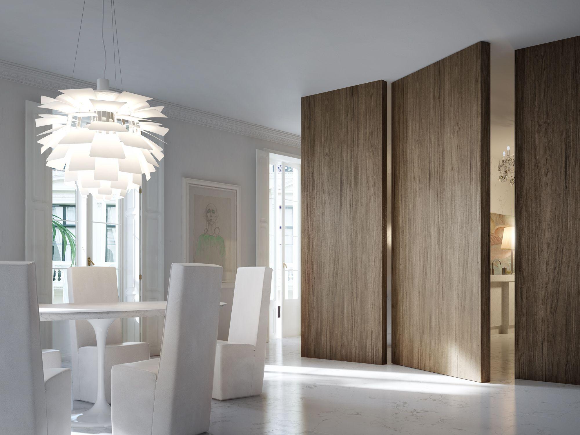 L 39 invisibile filo 10 vertical pivot door private house for Pivot home designs