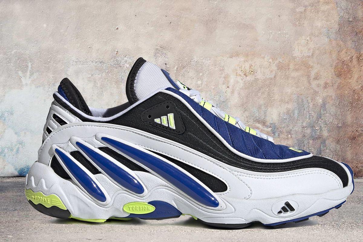 Sneakers, Air max sneakers, Nike air max