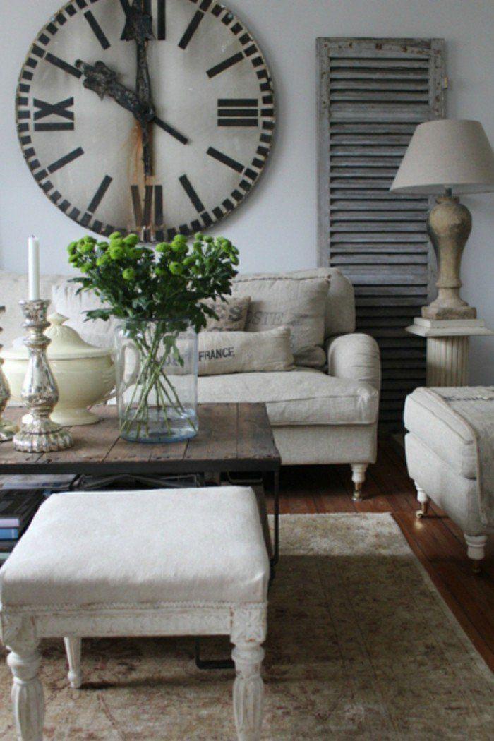 dekoideen wohnzimmer vintage wanduhr helle möbel rustikaler - moderne wohnzimmer pflanzen