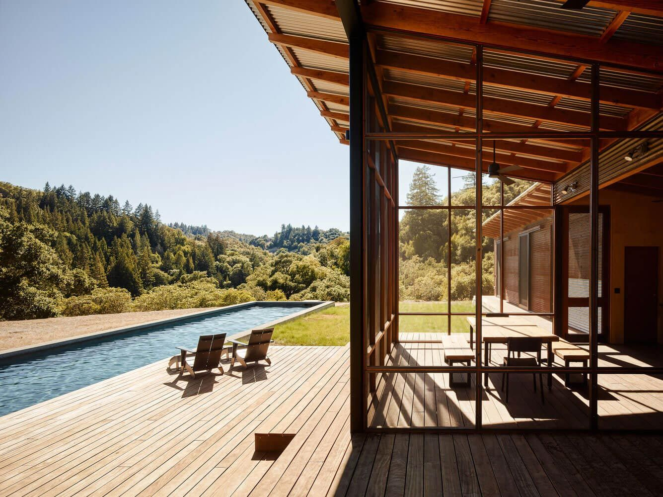 Malcolm Davis Architecture Built An Off The Grid Home An Amazing Indoor Outdoor Living Space
