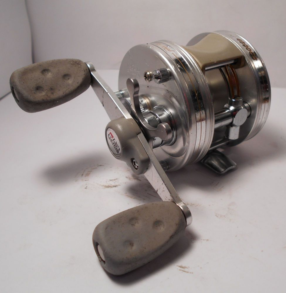 Vintage abu garcia ambassadeur 4600 c3 baitcasting bass for Antique fishing reels