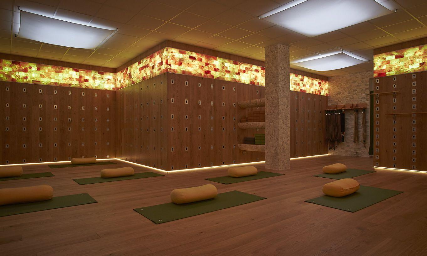 Totally customized Yoga Wall. Discover more https://www.facebook.com/iyengaryoga.amberg, class schedule via www.yoga-zentrum-amberg.de
