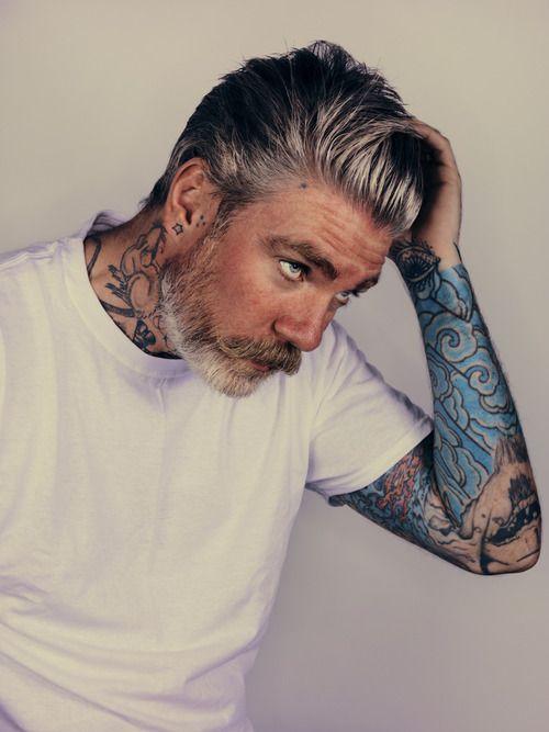 20 Shades of Hot Gray-Haired Guys | Hår herr, Skäggstilar ...