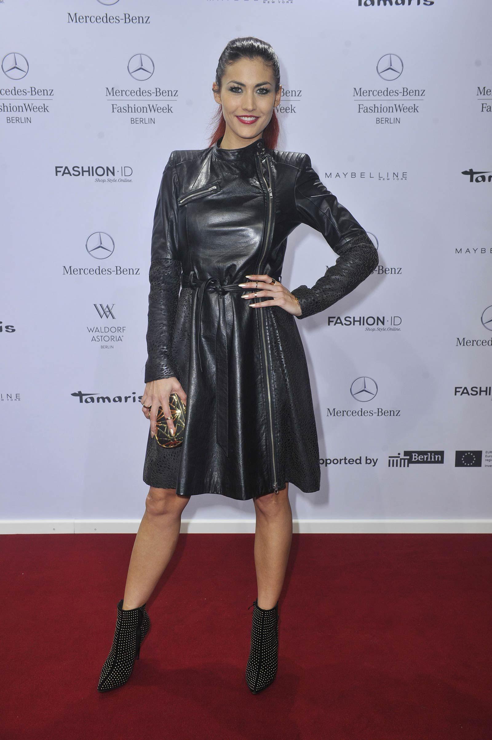 Fiona Erdmann attends Glaw Fashion Show   Paparazzi   Pinterest ...