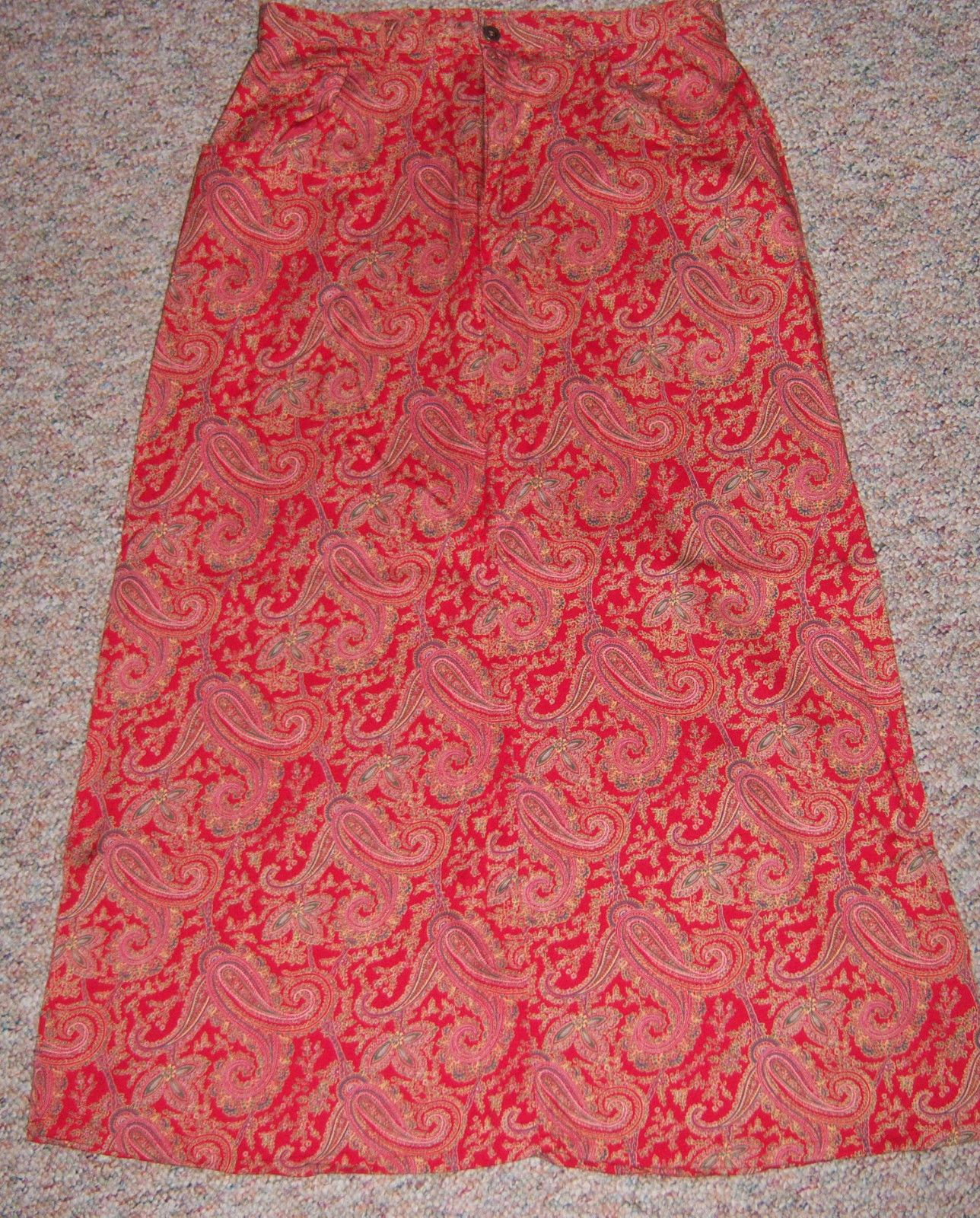 Awesome amazing liz claiborne red paisley print