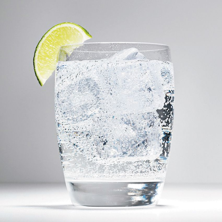 Bartender-Approved Tips for Making Your Own Tonic, from Boston bartenders. Includes the recipe for jm Curley's 21 Temple Gin & Tonic, which is absolutely delicious.