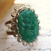 pretty ring:)
