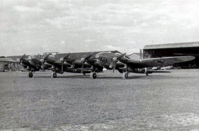 The He 111Z Zwilling was a design that entailed the merging of two He 111s. The design was originally conceived to tow the Messerschmitt Me 321 glider. Initially four He 111 H-6s were modified. This resulted in a twin-fuselage five-engine aircraft.