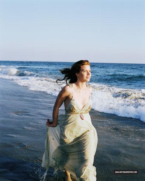 Vogue - 002 - Amy Adams Fan - The Gallery