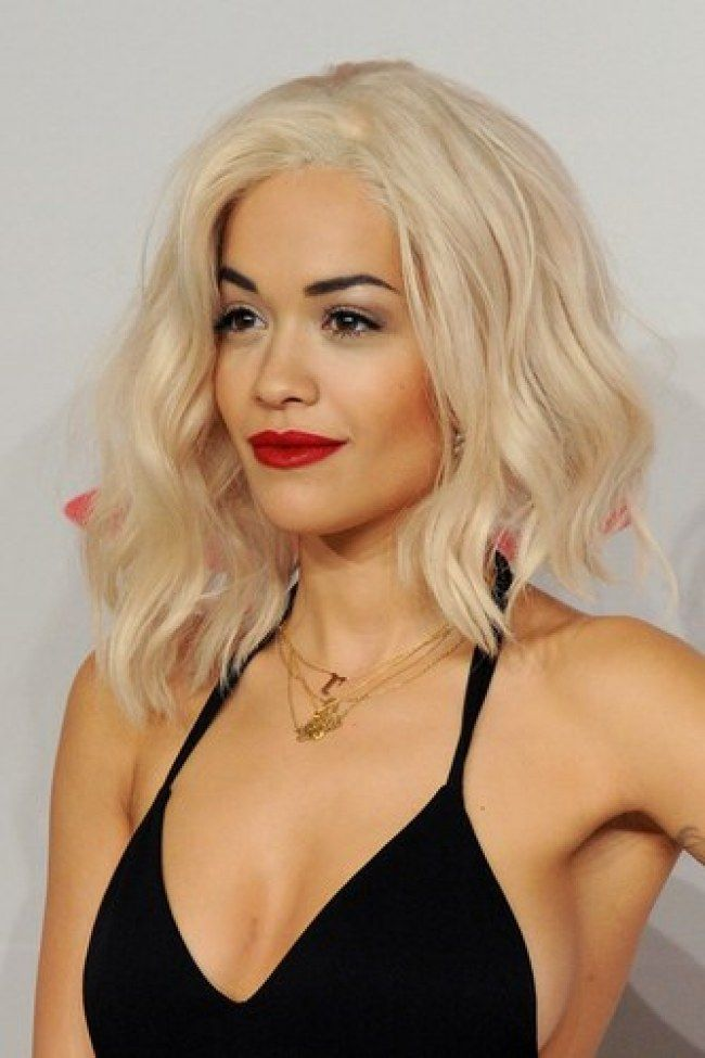 Coiffure comment porter le carr plongeant long rita ora asian mullet and mullet hairstyle - Carre plongeant blond ...