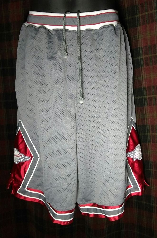 a17b9883310c02 VINTAGE RARE NIKE AIR JORDAN Jumpman Red Gray Wings Basketball SHORTS MEN S  L