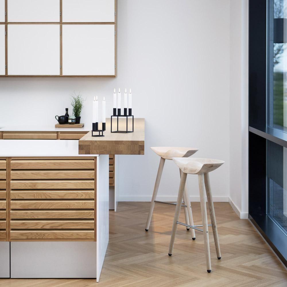 Bar, Barhocker (by Lassen), Kerzenhalter Kubus (by Lassen)   Kitchen ...