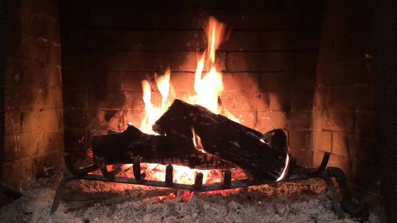 Michael Bublé - Christmas [Virtual Yule Log] Goodnight and Merry ...