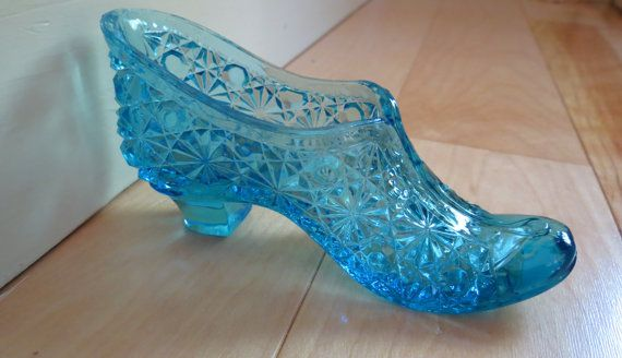 Vintage Blue Glass Shoe Slipper With By Wickedcoolvintage On Etsy 45 00 Glass Shoes Fenton Glassware Blue Glass