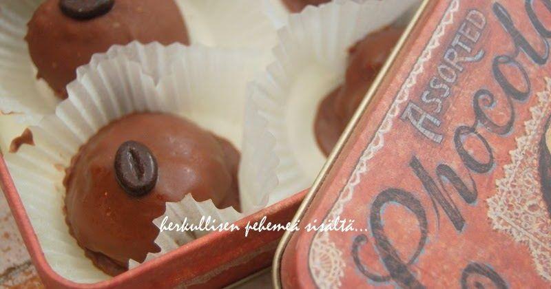 näistä suklaapallosista voi tehä monia eriversioita.kuvassa olevat on maustettu kahavilla. 2 pötköä vaniljatäytekeksejä n.4dl tomusokeria...