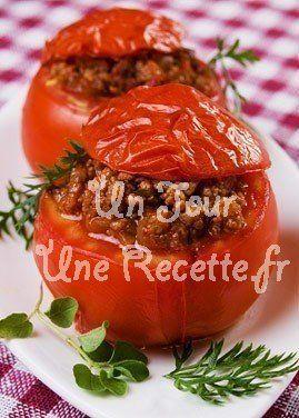 Courgettes farcies à la viande : recette facile Un jour, une recette - Courgettes farcies à la viande : recette facile Un jour, une recette - -