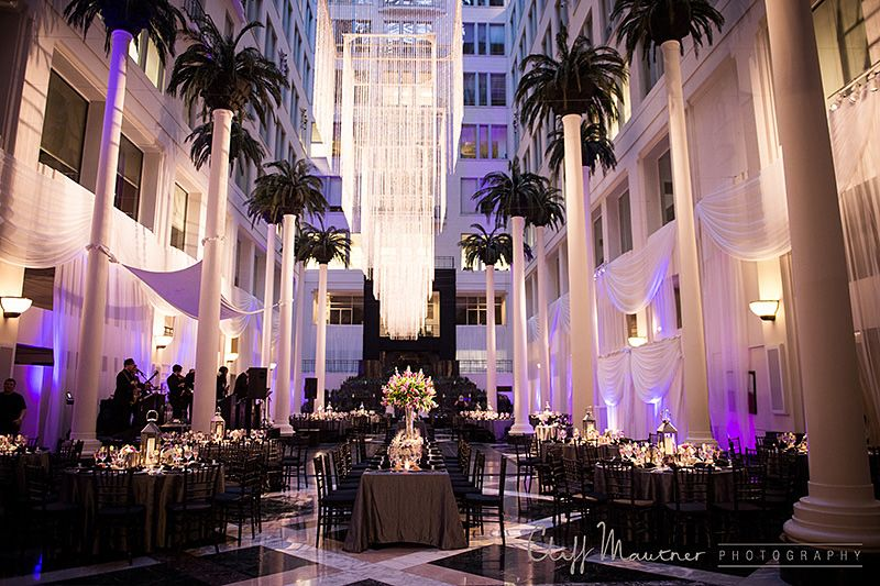 Atrium At The Curtis Center Wedding Philadelphia Photographer Cliff Mautner