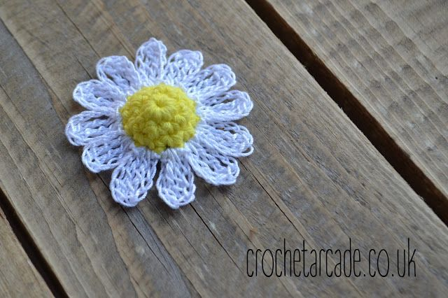 Today I created easy daisy crochet pattern to add to my collection ...