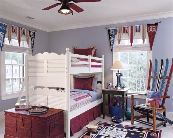 Lovely Are These Collegiate Pennant Window Valances An Idea That Would Work In The  Garage? My Other Thought Is A Valance Made From Golf Flags.