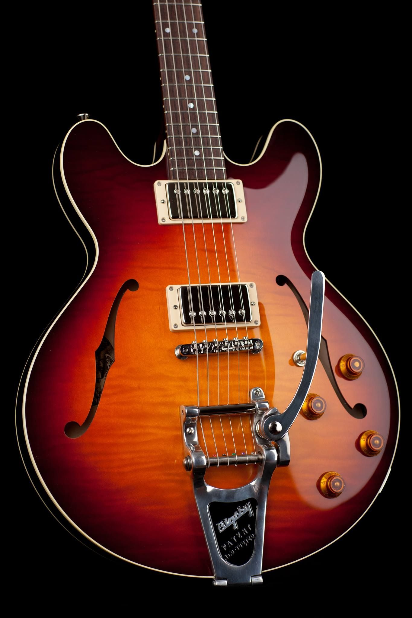 Collings Bigsby Guitar Cool Electric Guitars Collings Guitars Guitar Obsession